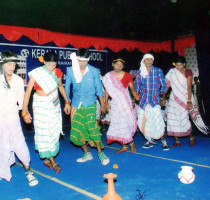 Sudents-Performing-Folk–Dance-on-CHILDREN's-DAY